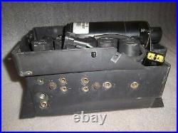Range Rover P38 Air Suspension Valve Block, Driver & Air Compressor Pump 94-02